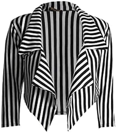 Top Tips for Wearing a Black and White Stribbled Blazer