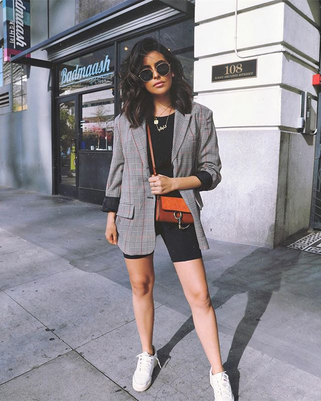How To Wear A Blazer With Shorts