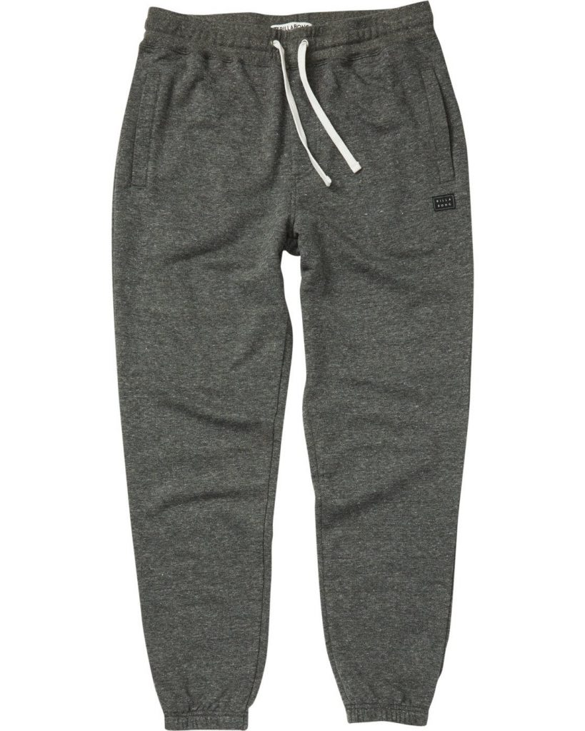 What Are the Differences Between Sweatpants and Leggings?